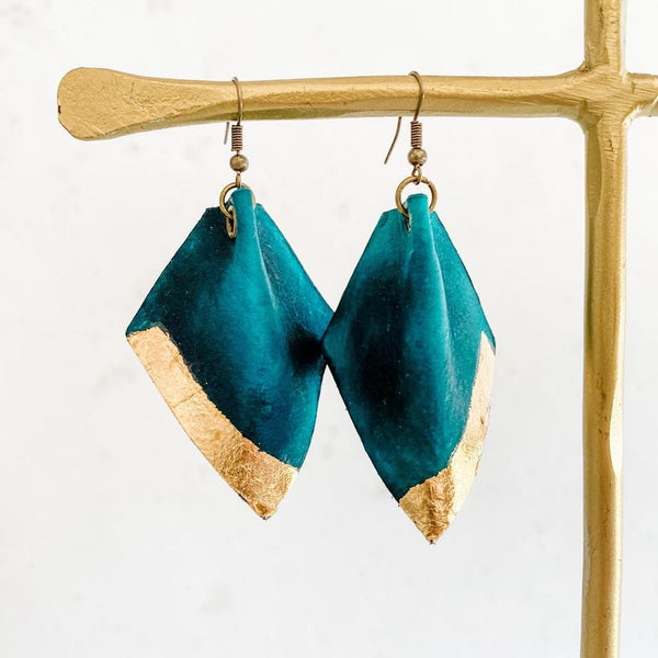 Leafed Pinched Earring - Teal+Gold