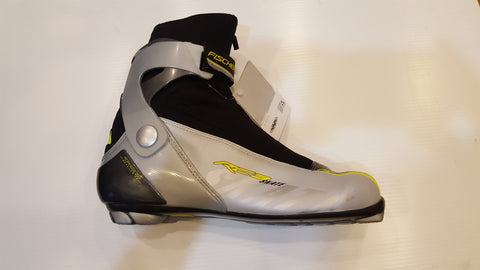 https://www.ontariotrysport.com/products/fischer-rc3-skating-boot-nnn-s01207