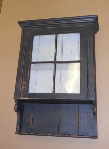 4-Pane Hanging Cupboard