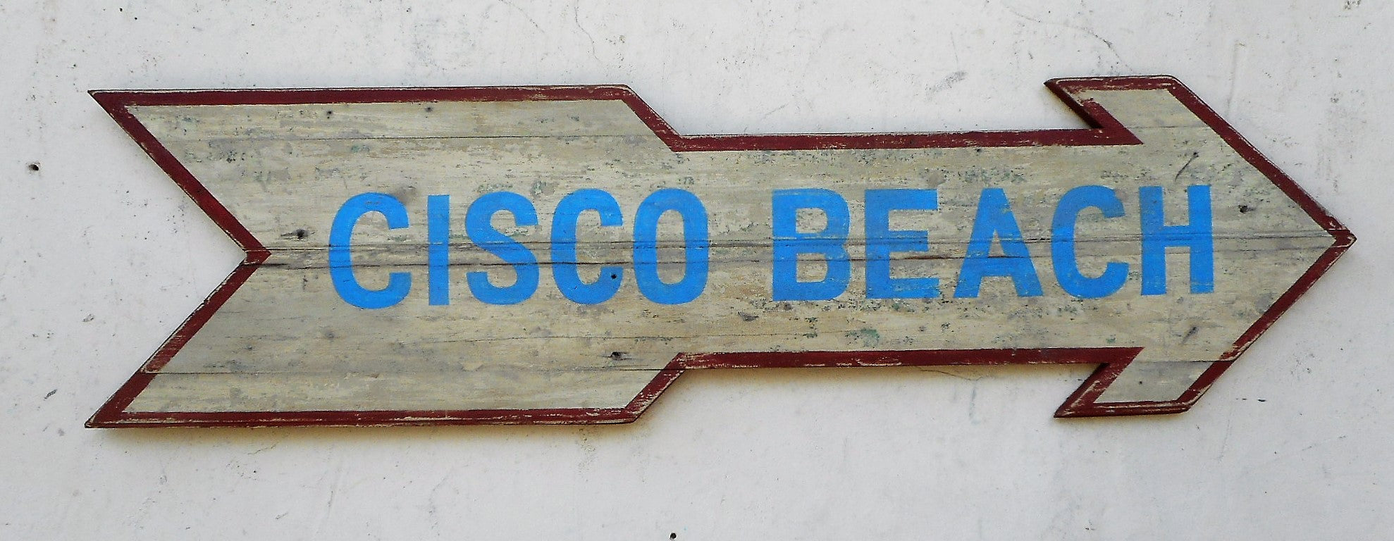 Cisco Beach arrow