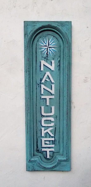 Vertical Nantucket sign