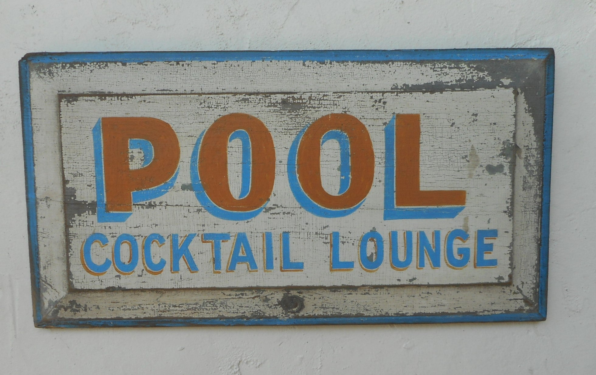 Pool- Cocktail Lounge