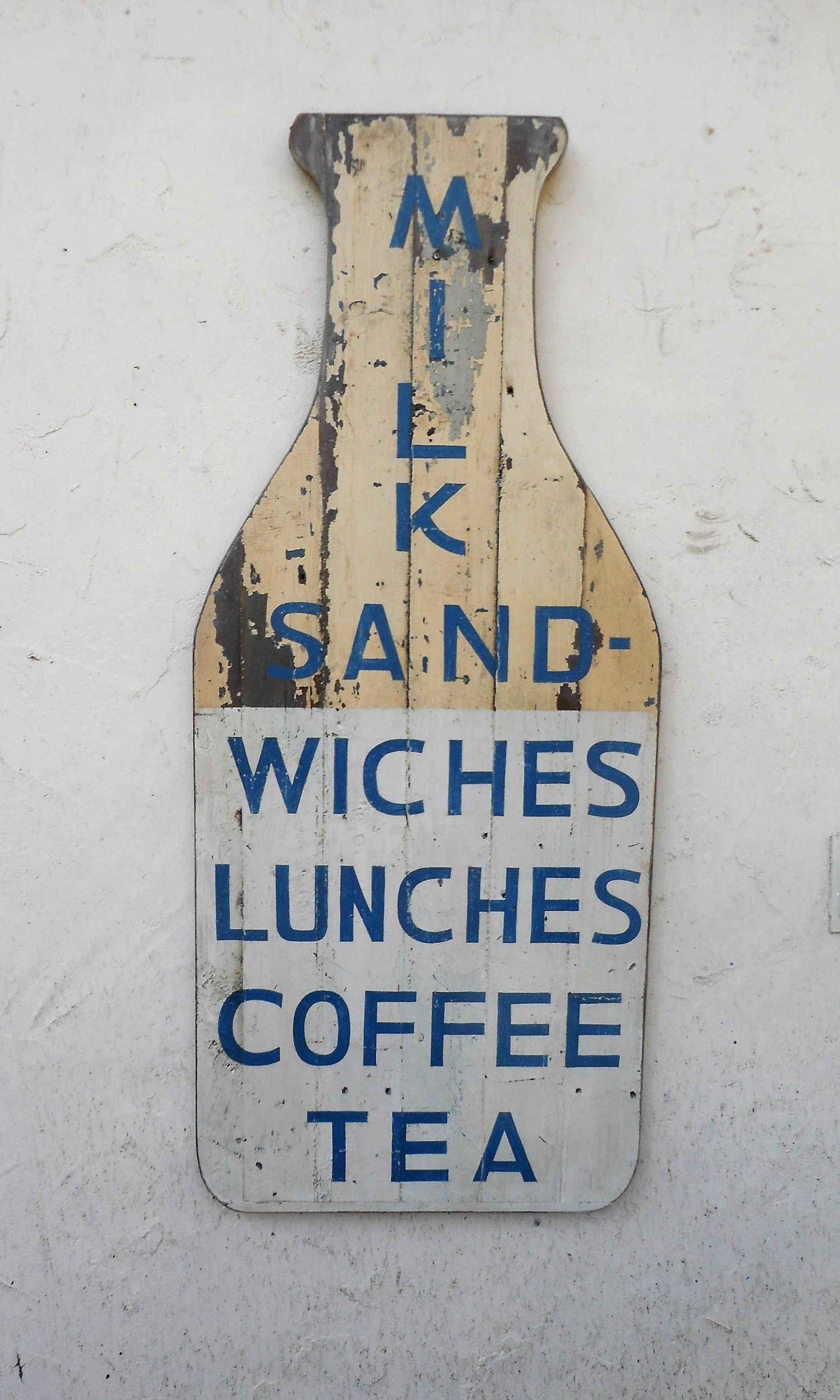 Milk -Sandwiches sign