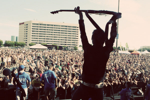Anti-Flag, Wonder Years, Comeback Kid, TUI, Bon Jovi: The Bamboozle 2012