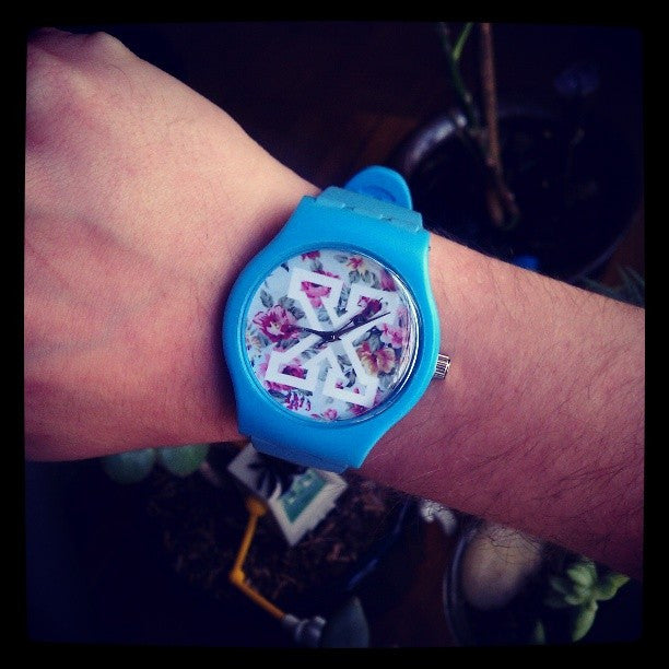 Blue straight edge watch