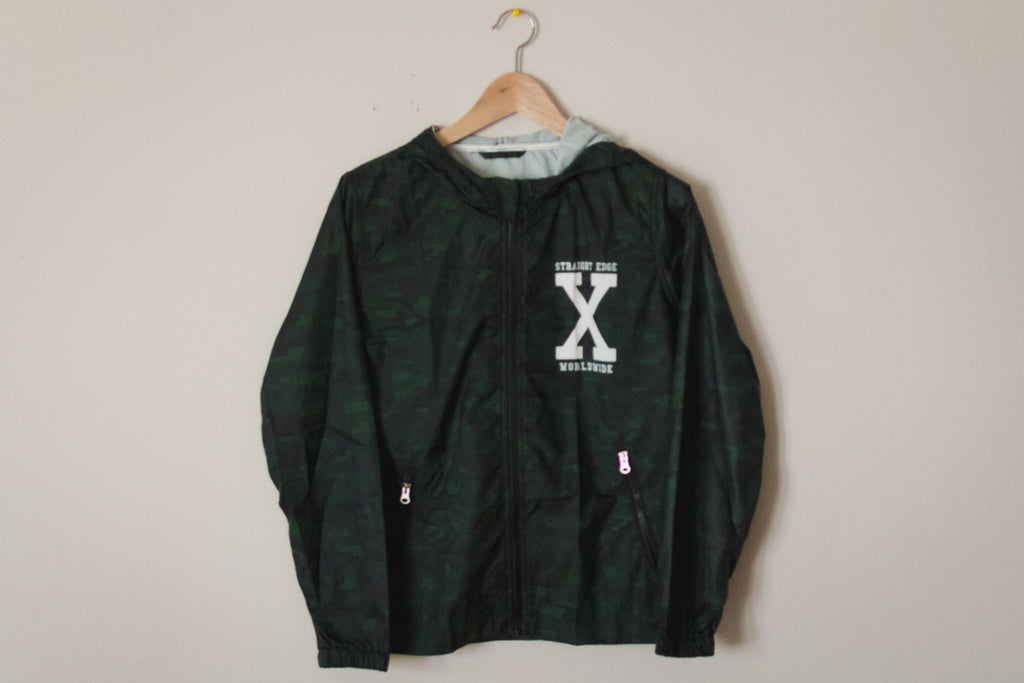 Ladies straight edge windbreaker