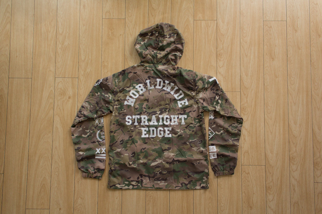 Straight edge camo windbreaker