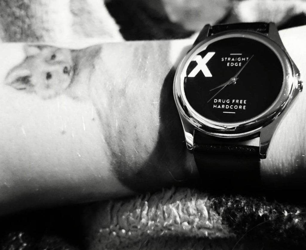Metal straight edge watch