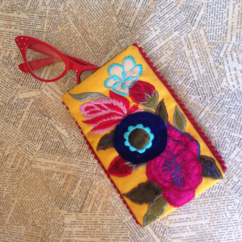 embroidered floral eyeglass holder -  yellow