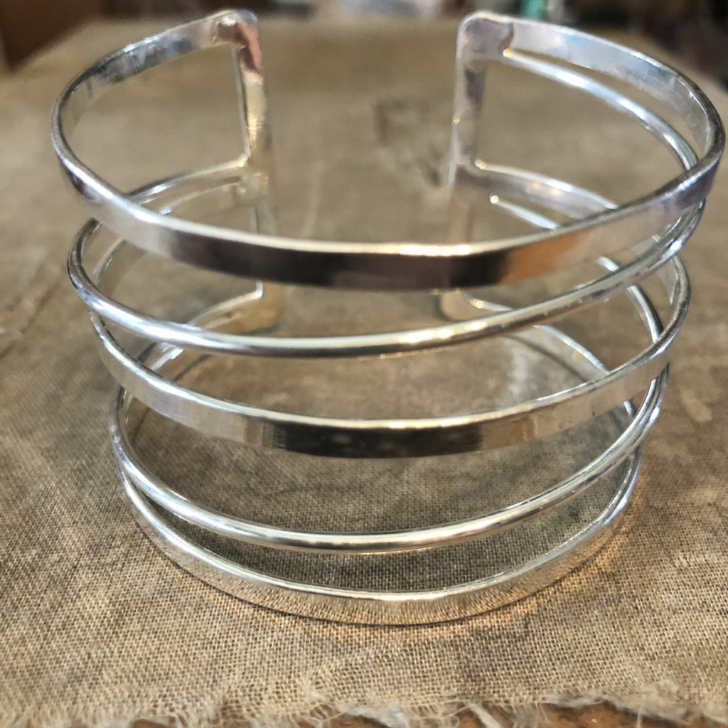 Silver Metal Bracelet with 5 bars