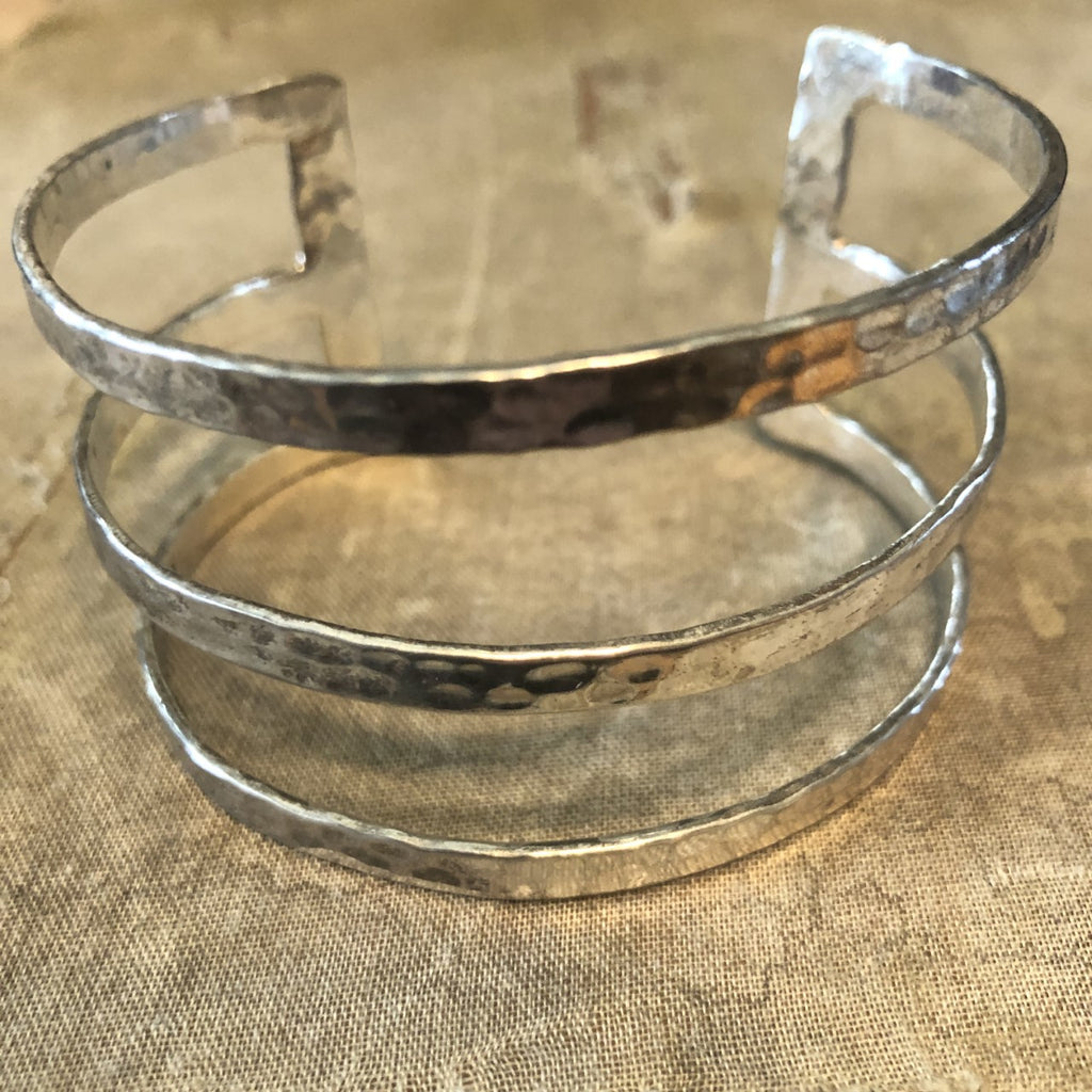 Silver Metal Bracet with 3 bars