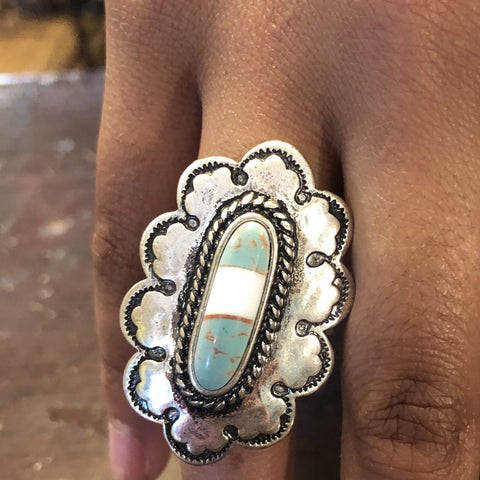 Silver metal oval natural stone ring