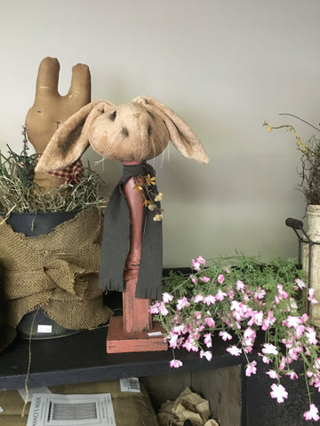 "16"" Bunny Head on Spindle"