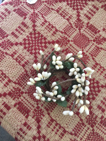 Pip Berry Candle Ring 1 1/2 in White