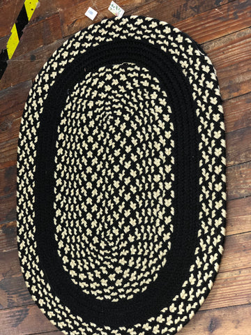 Braided Rug - Black & Tan