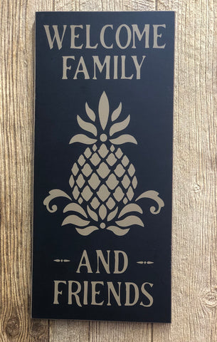 Welcome Pineapple Board