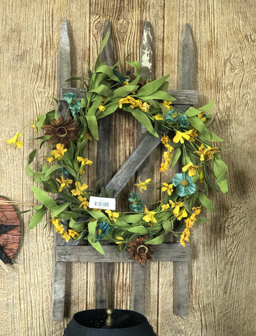 "Wooden Fence w/ 9"" Martins Cottage Wreath"