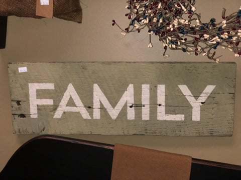 Green Distressed Family Sign