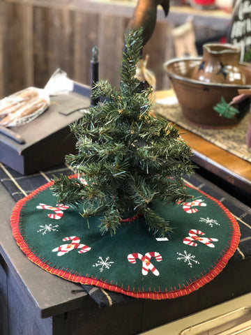 "12"" Canadian Pine Tree"