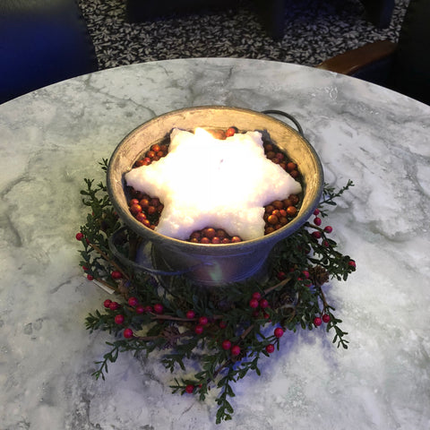 The Candlesmith's Floating Cranberry Sugar Cookie Candle