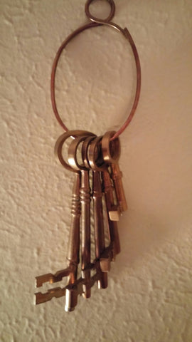 SOLD Most Items Are 1 Of's: Vintage Rustic 5 #Brass #Skeleton Keys w Brass Ring & Circle Hook,