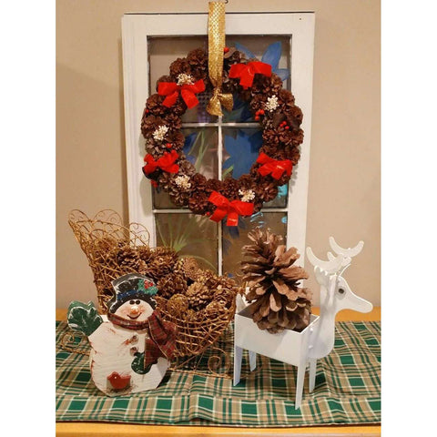 Cute Real Natural Pinecone Wreath