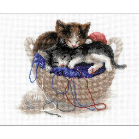 RIOLIS Counted Cross Stitch Kit - Kittens In A Basket