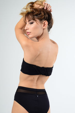 Entreaguas Knitted Strapless Bikini Top in Black