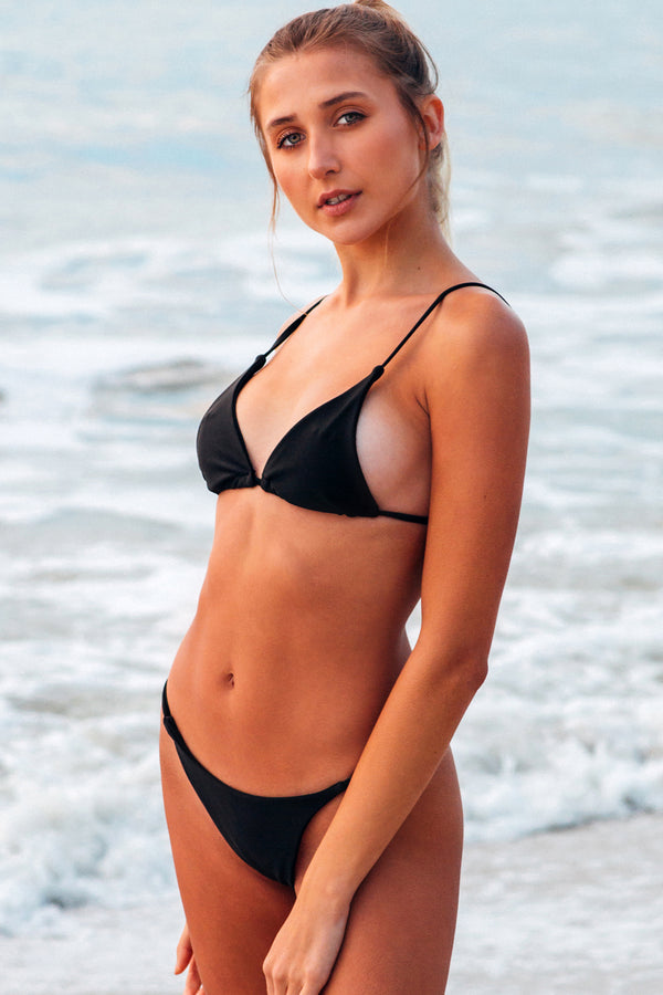 Lumahai Swimwear Basic Bikini Top in Black