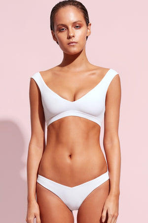 Wildaster Collection Chloe Bikini Top in Snow