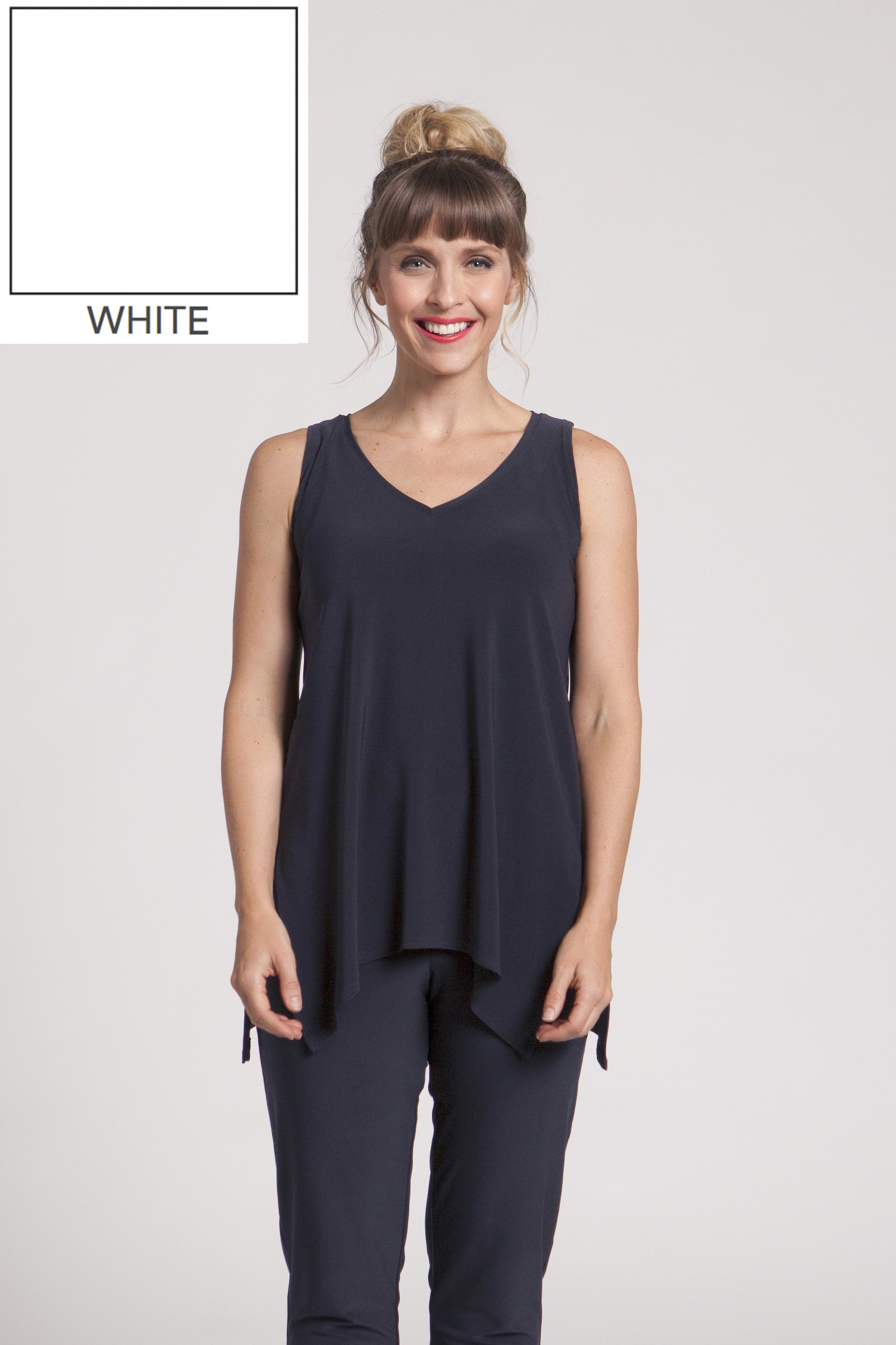 Sleeveless Go To Wide V Neck T Relax - White