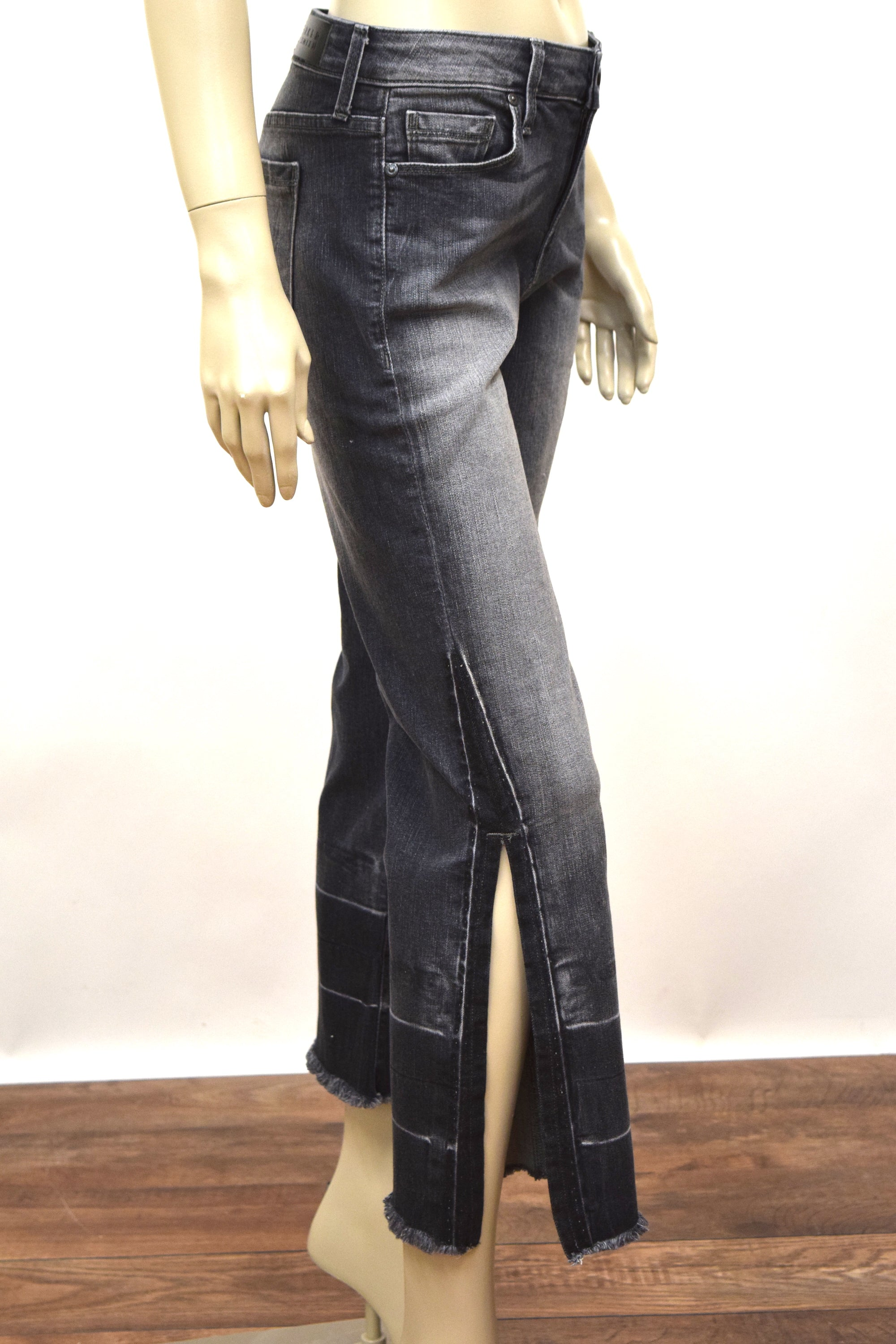 Off Beat Flare Jean