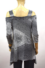 Soft Diamond Print Cold Shoulder Tunic
