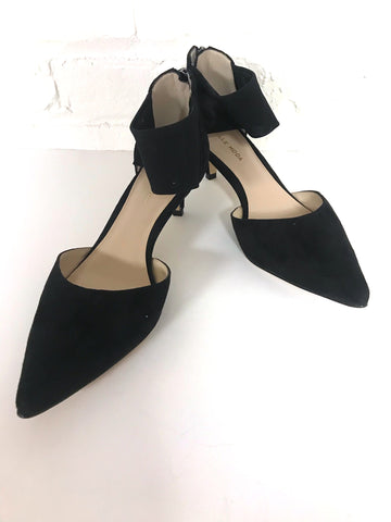Sexy Black Kitten Heel