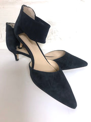 Navy Kitten Heel
