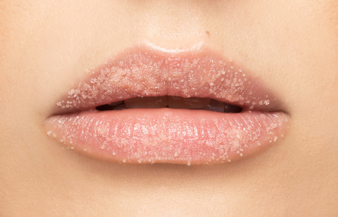 How to Apply Liquid Lipstick Perfect Step 1