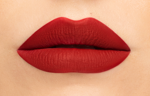 How to Apply Liquid Lipstick Perfectly Final Step