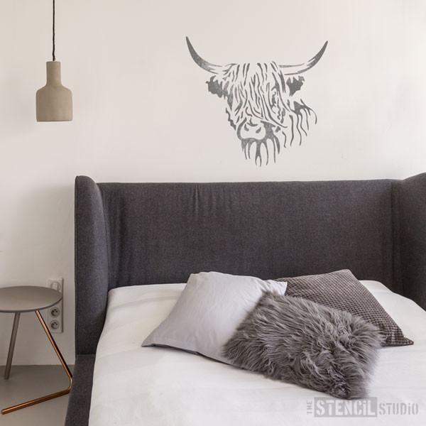 Hamish Highland Cow stencil from The Stencil Studio - Size XL