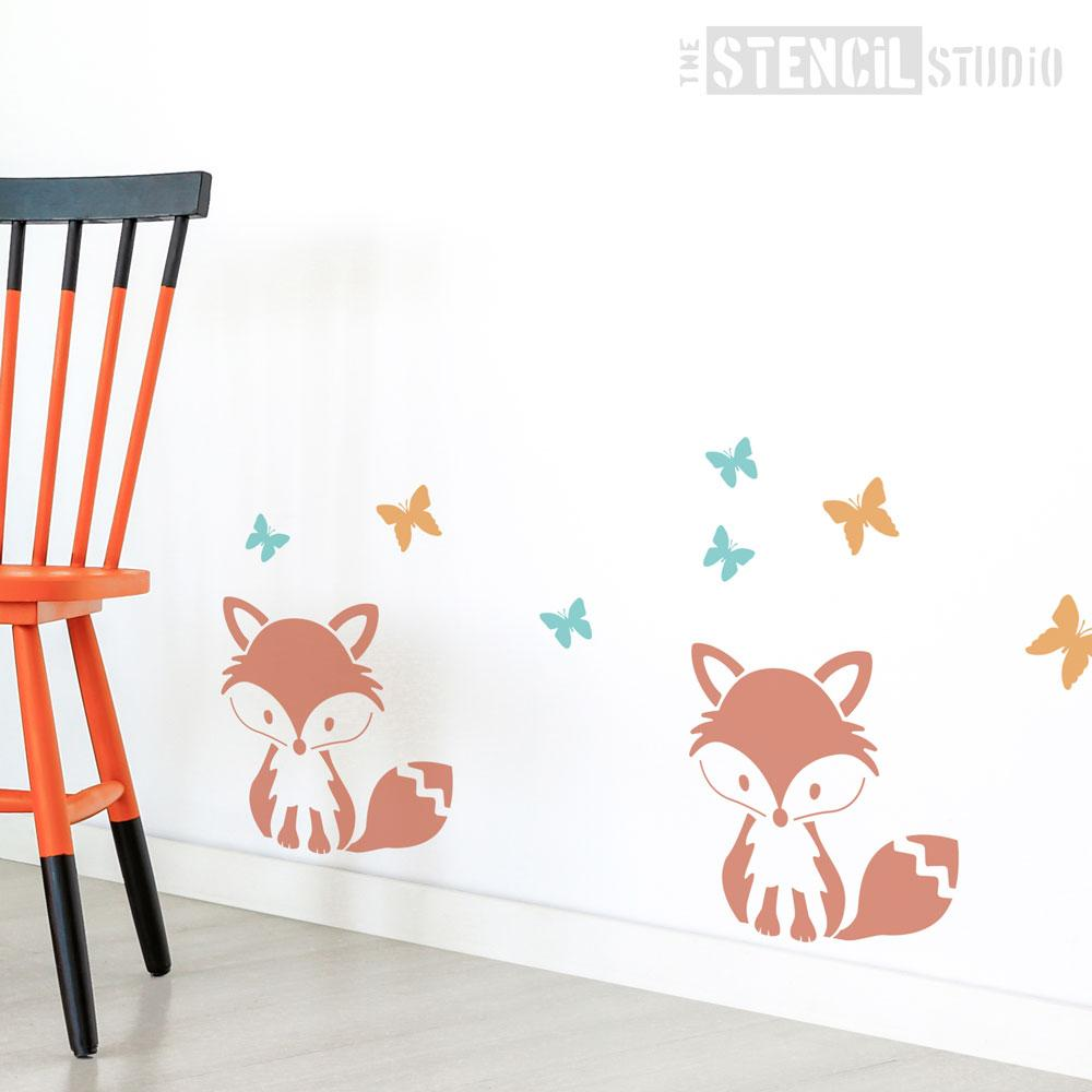 Sitting Fox stencil from The Stencil Studio - Size M