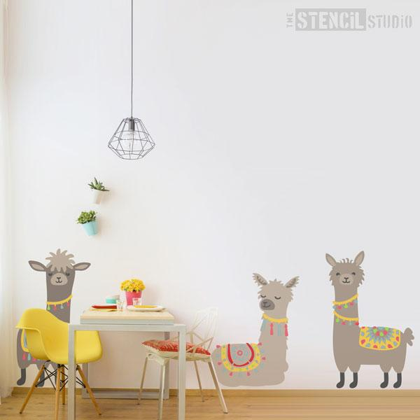 Lionel, Lesley and Levi Llamas multi pack - size shown here is XL