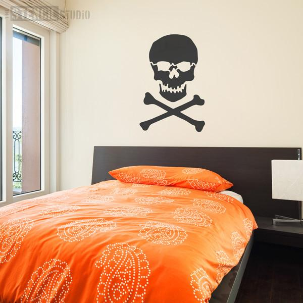 Skull & Crossbones Stencil from The Stencil Studio Ltd - Size XL/A1