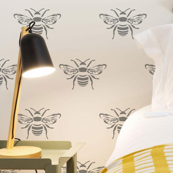 Bee stencil from The Stencil Studio Ltd - Size XS