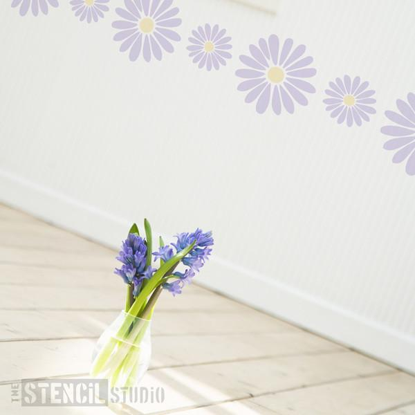 Daisy Border stencil from The Stencil Studio Ltd - Size S