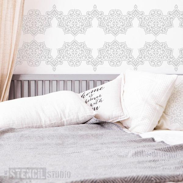 Ottoman Border stencil from The Stencil Studio - Size M