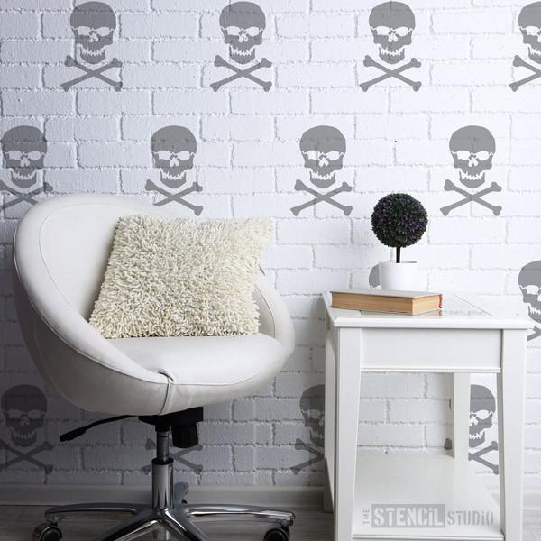 Skull & Crossbones Stencil from The Stencil Studio Ltd - Size XS