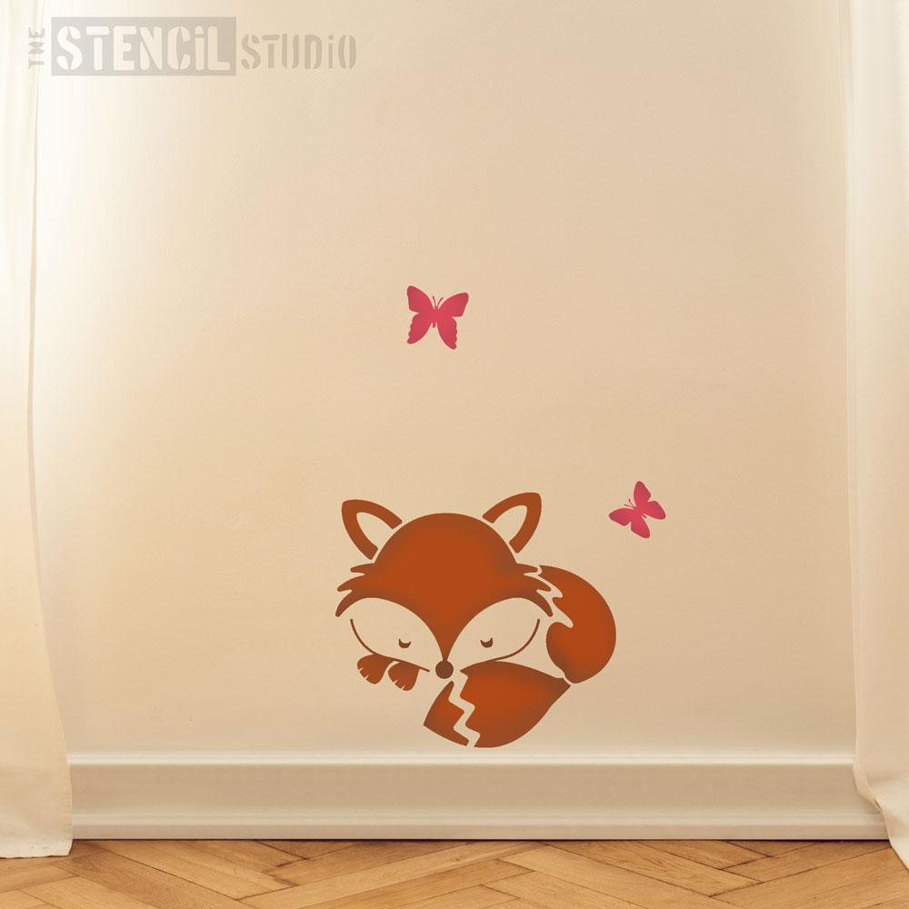 Snoozing Fox stencil from The Stencil Studio - Size M