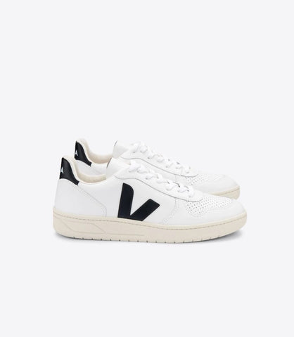 VEJA V-10 LEATHER EXTRA-WHITE BLACK WOMAN