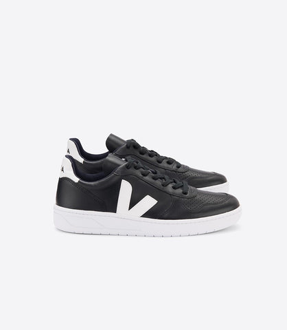 VEJA V10 BLACK LATHER MAN