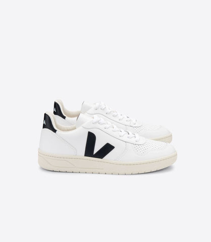 VEJA V10 LEATHER EXTRA WHITE BLACK MAN
