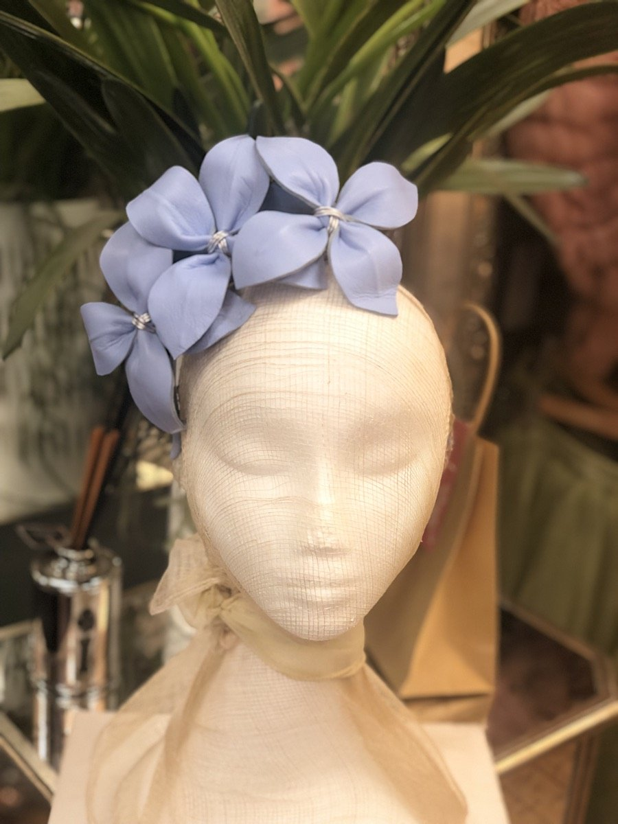 Fleur Cuir Leather Star Flowers Asymmetrical Headband in Baby Blue - Lookbook Boutique